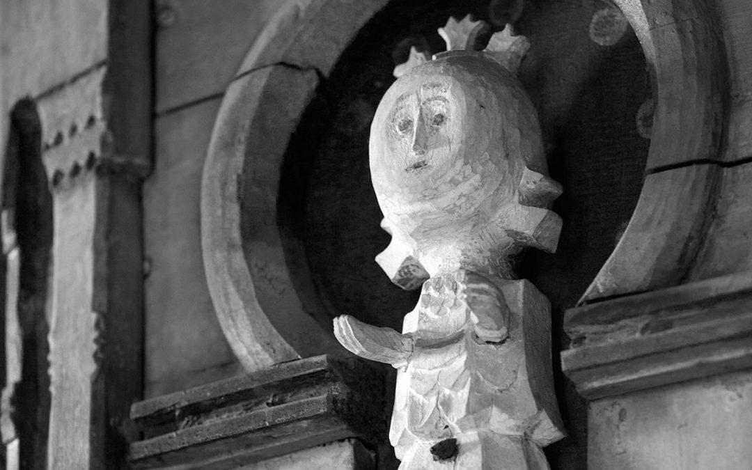 Vanhan kirkon pyörittämiseen haetaan leveämpiä hartioita ja rahaa