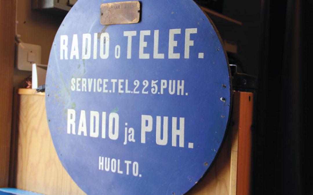 Radiomaailma menee menojaan, mutta Radiomuseon rompepäivä on ja pysyy