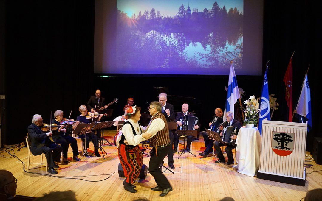 Suomen itsenäisyyttä juhlittiin arvokkaasti yhdessä (Vain tilaajille)