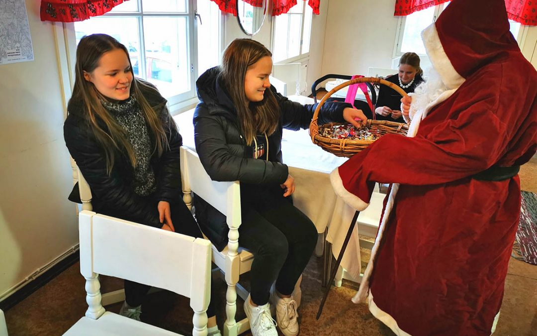Joulukausi alkoi Kintauden Nuorisoseurantalolla